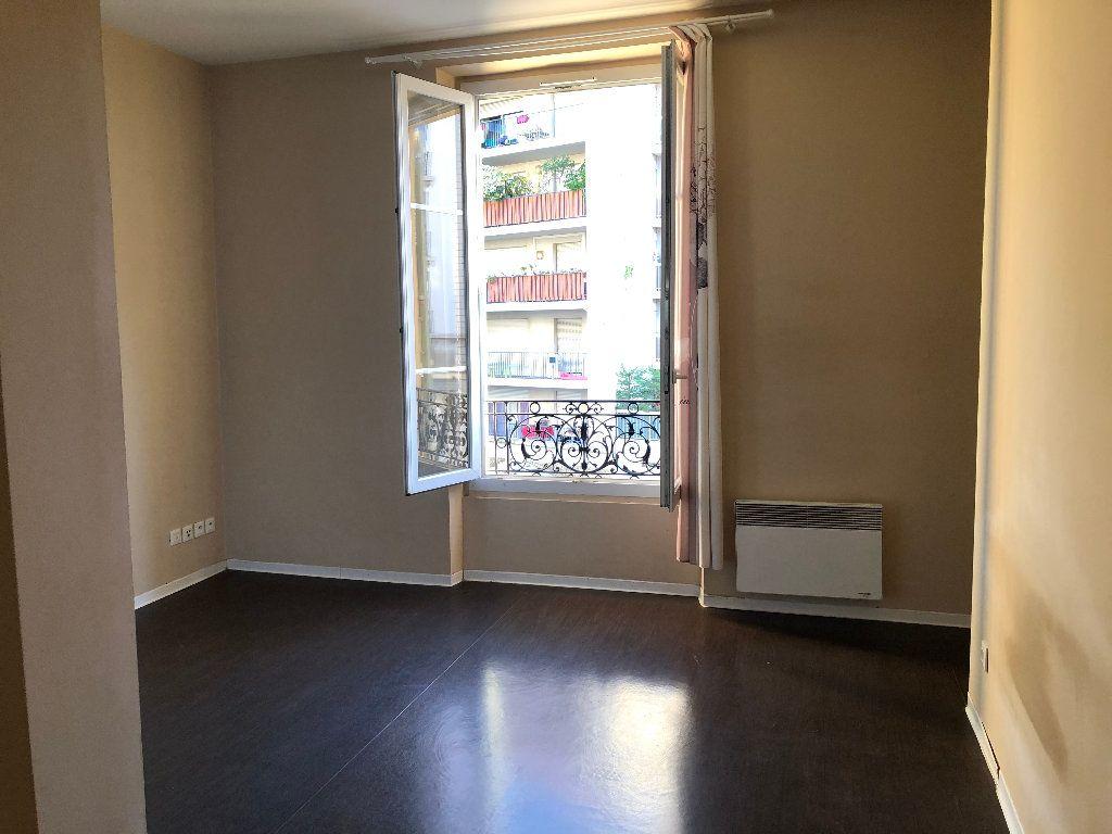 Appartement à louer 1 23.25m2 à Nice vignette-1