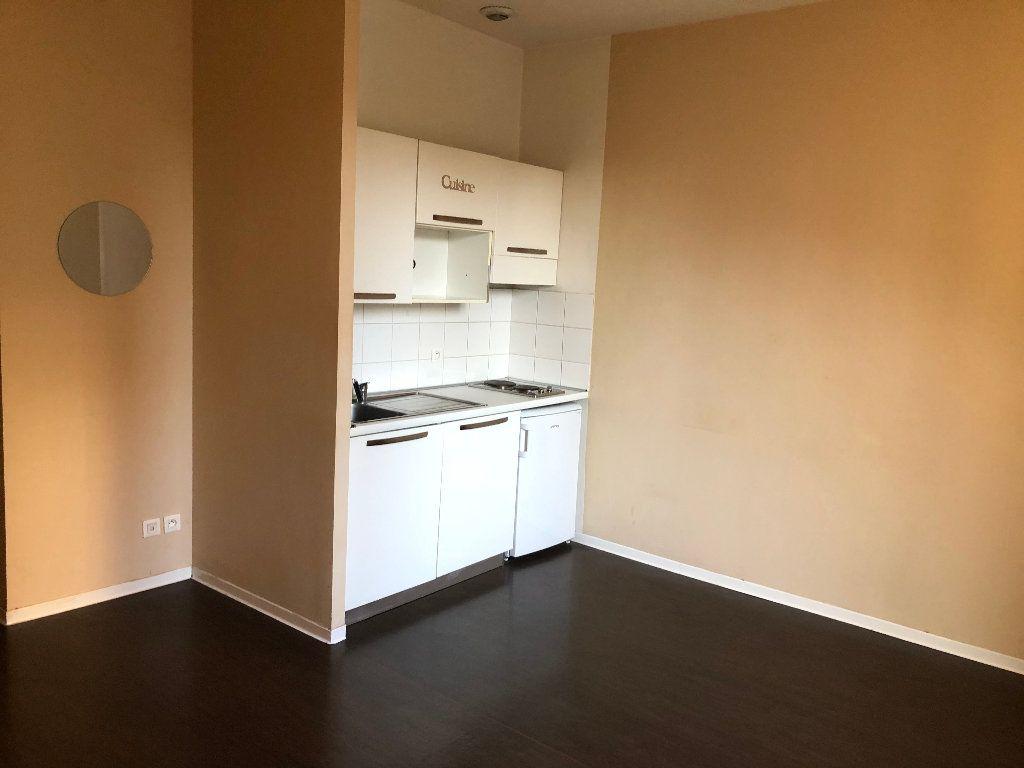 Appartement à louer 1 23.25m2 à Nice vignette-3