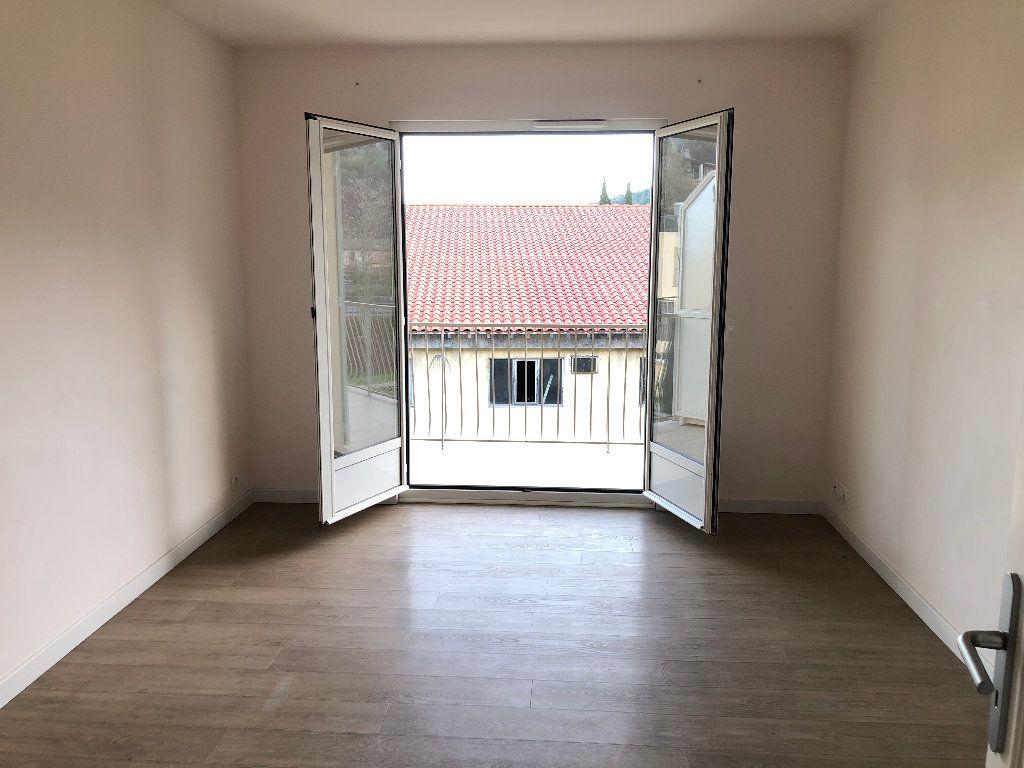 Appartement à louer 3 57.54m2 à Contes vignette-2