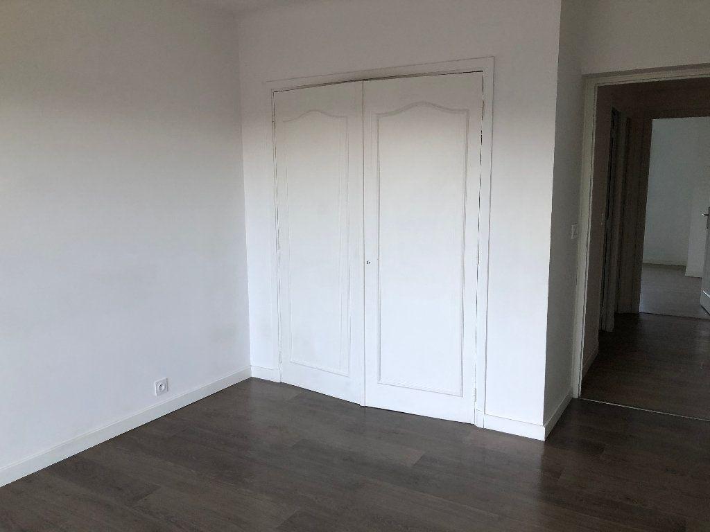 Appartement à louer 3 57.54m2 à Contes vignette-5