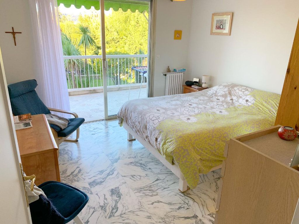 Appartement à vendre 4 105m2 à Nice vignette-4