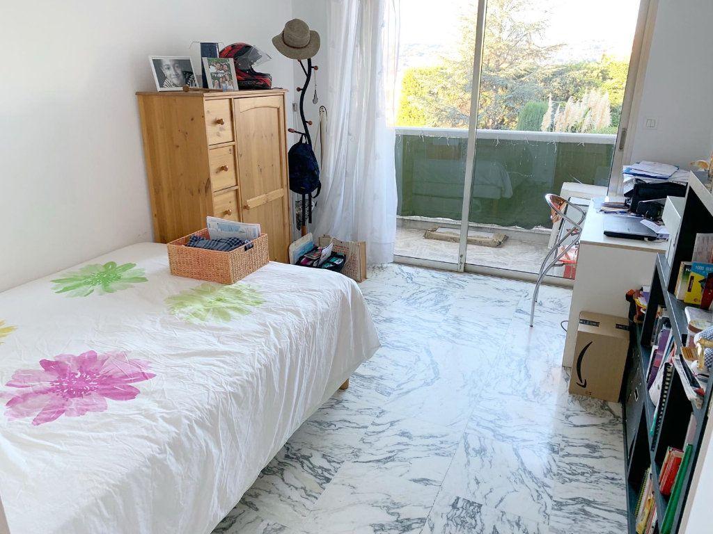 Appartement à vendre 4 105m2 à Nice vignette-10