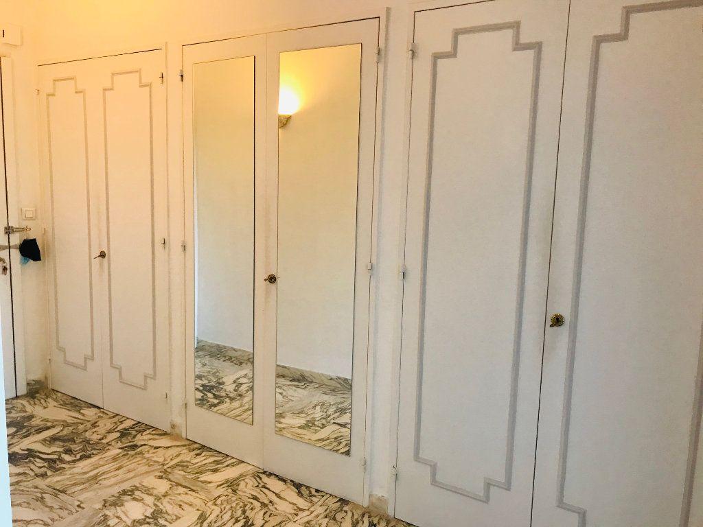 Appartement à vendre 4 105m2 à Nice vignette-13