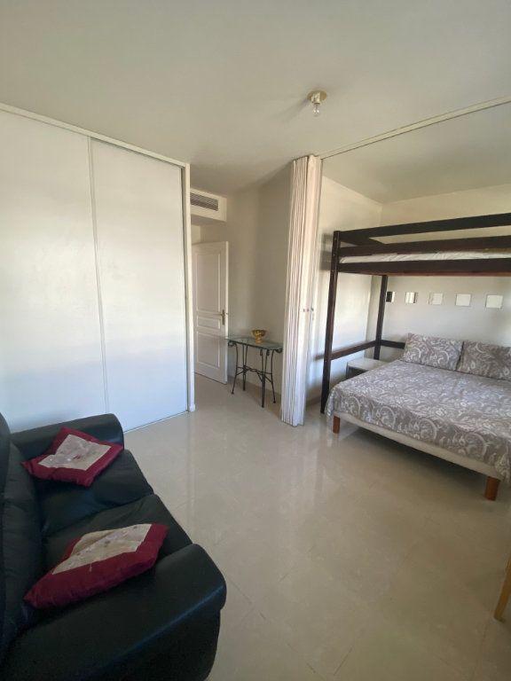 Appartement à vendre 1 27.82m2 à Nice vignette-1