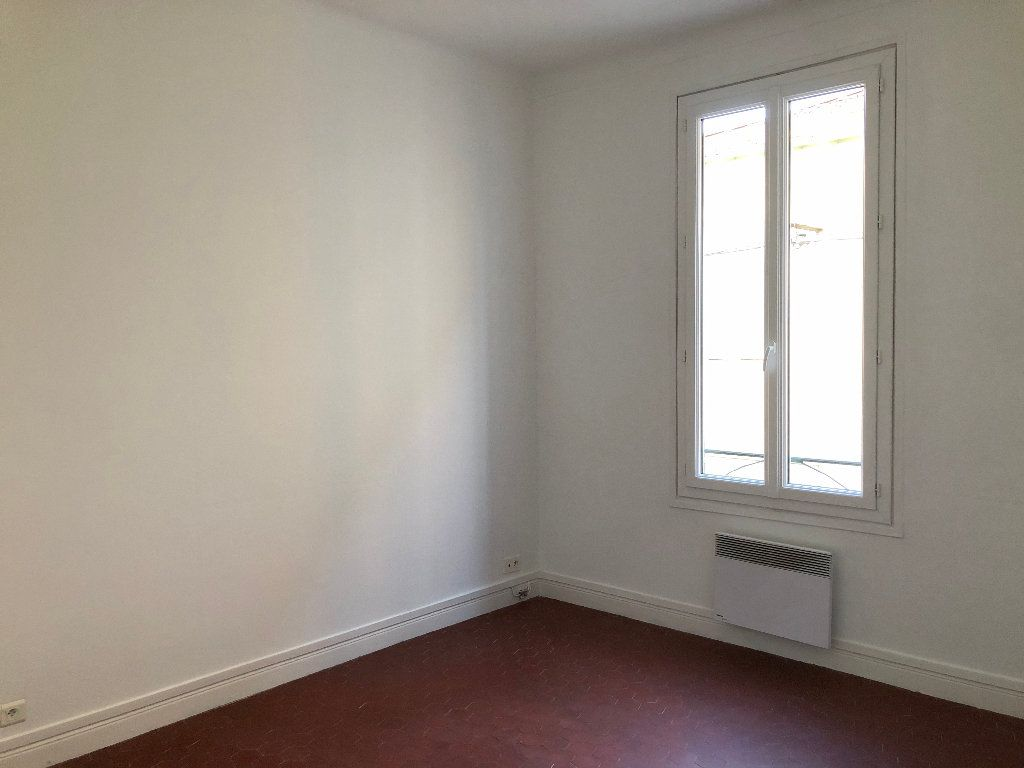 Appartement à louer 2 37.94m2 à Nice vignette-2
