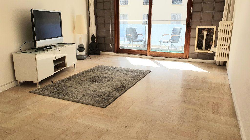 Appartement à louer 2 60m2 à Nice vignette-1
