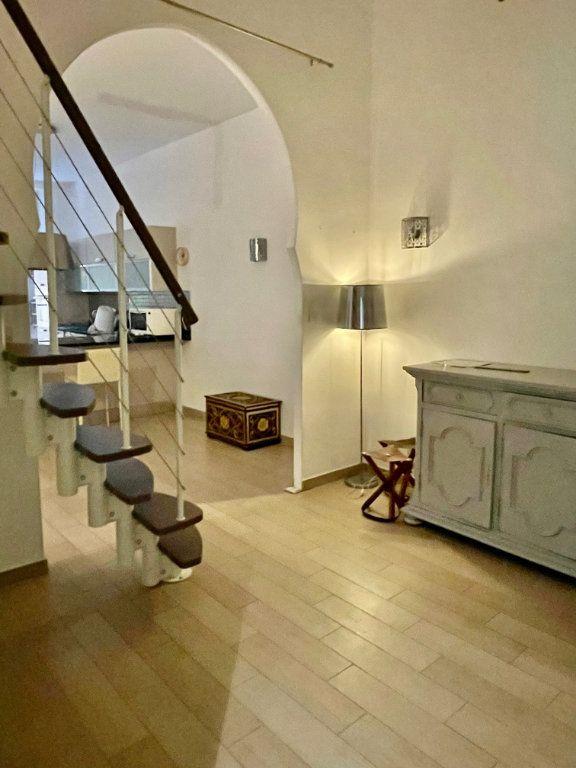 Appartement à vendre 3 82.63m2 à Nice vignette-2