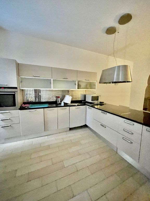 Appartement à vendre 3 82.63m2 à Nice vignette-3