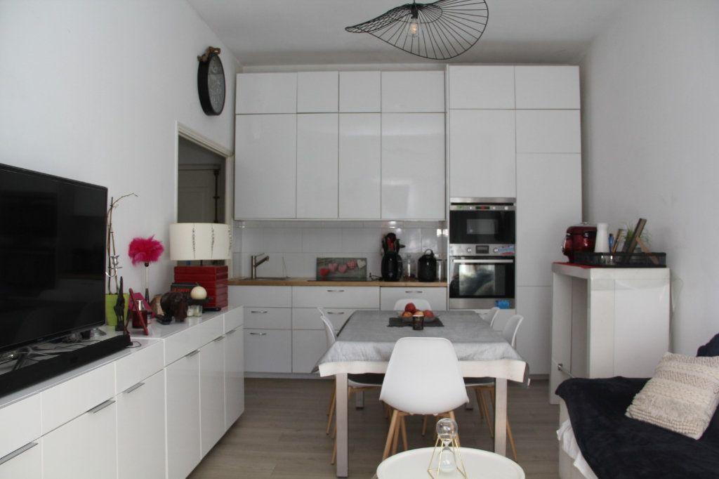 Appartement à vendre 3 52m2 à Nice vignette-2