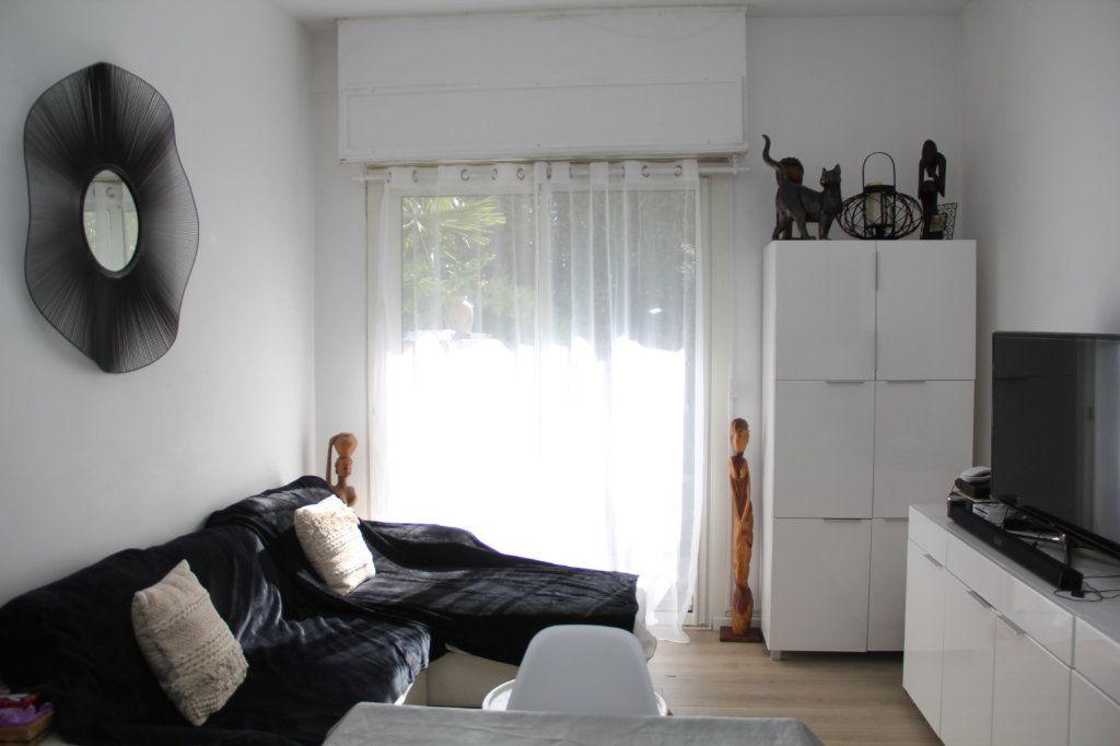 Appartement à vendre 3 52m2 à Nice vignette-3