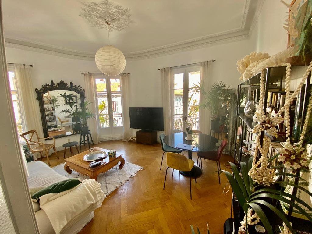 Appartement à vendre 3 88.95m2 à Nice vignette-1