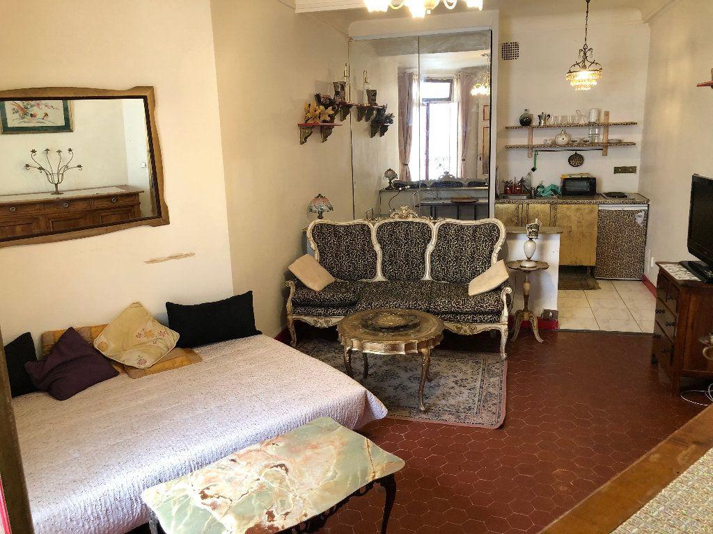 Appartement à louer 1 25.03m2 à Nice vignette-1