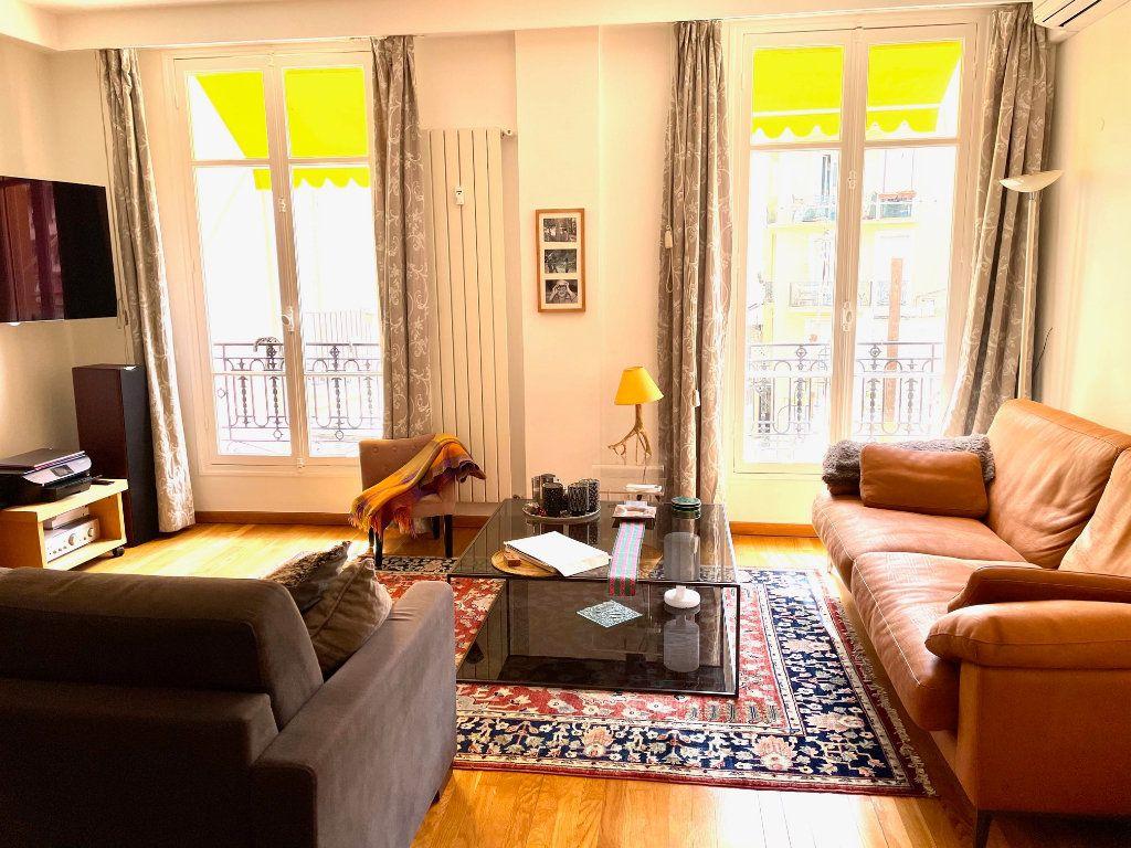 Appartement à vendre 3 103m2 à Nice vignette-2