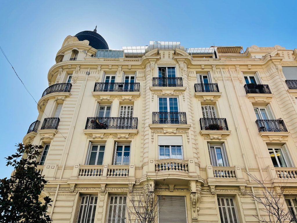 Appartement à vendre 3 103m2 à Nice vignette-5