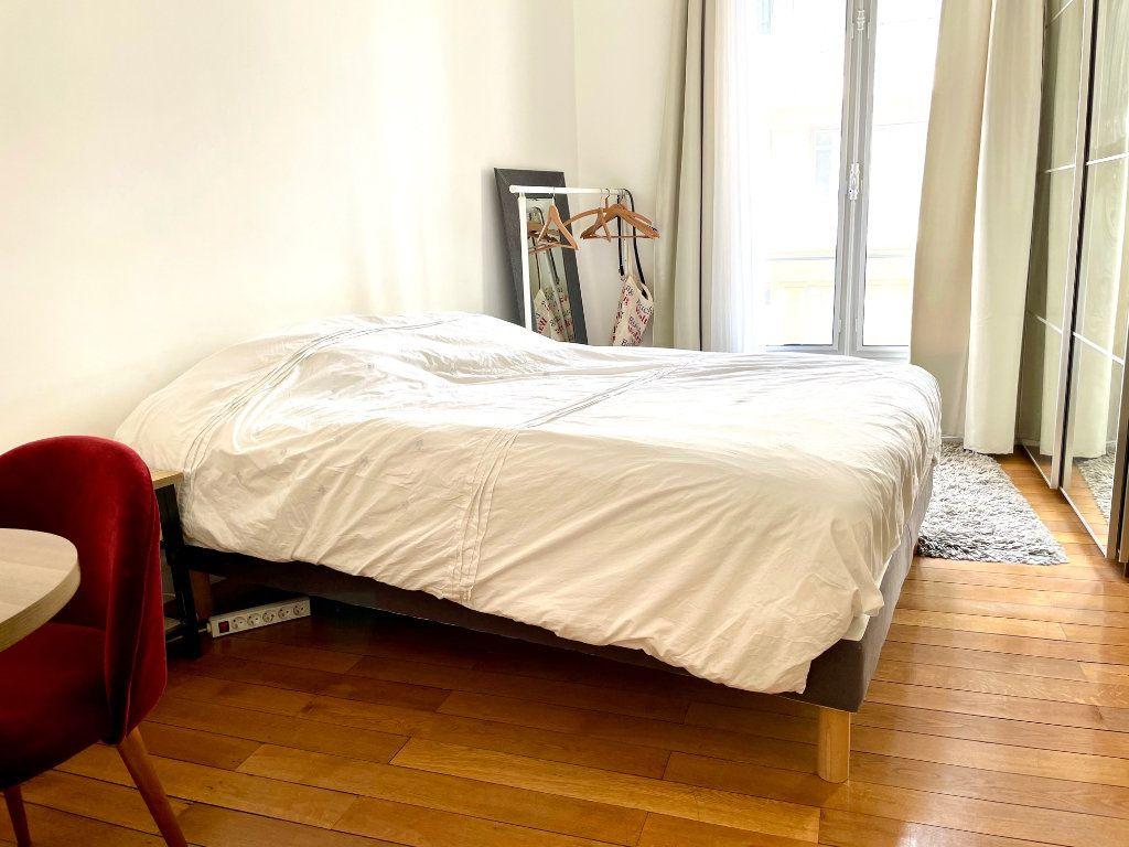 Appartement à vendre 3 103m2 à Nice vignette-9