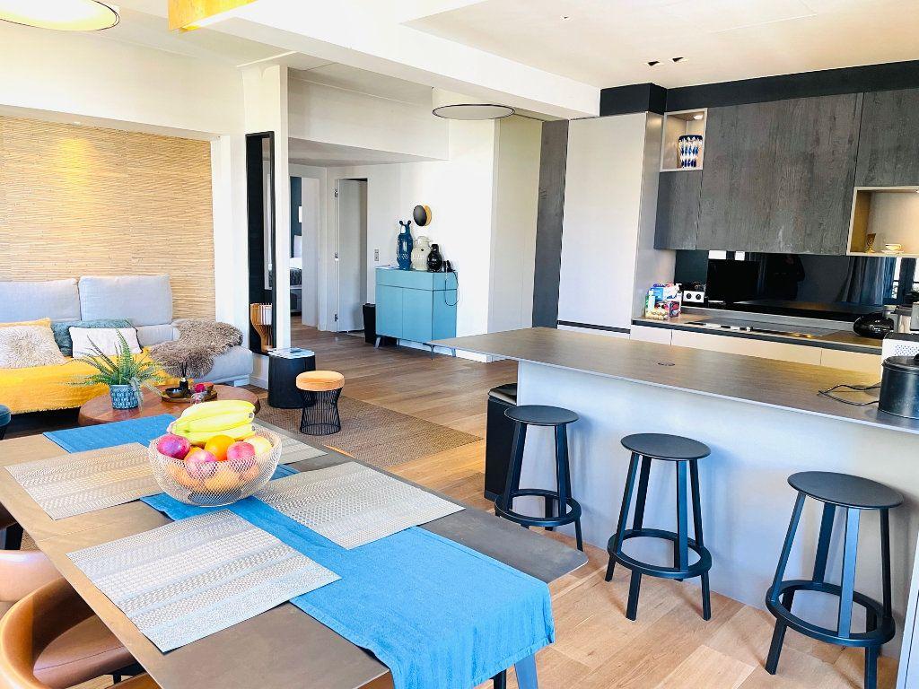 Appartement à vendre 4 103.47m2 à Nice vignette-1