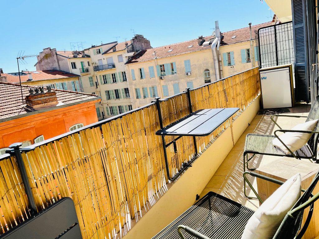 Appartement à vendre 4 103.47m2 à Nice vignette-3