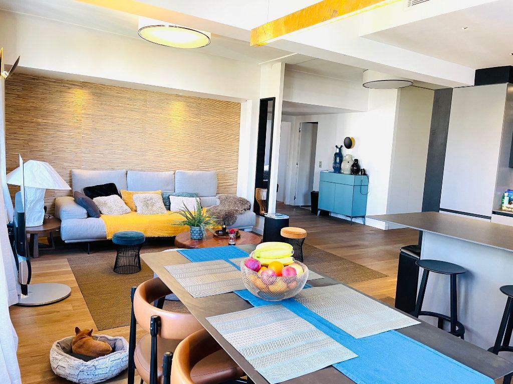 Appartement à vendre 4 103.47m2 à Nice vignette-6