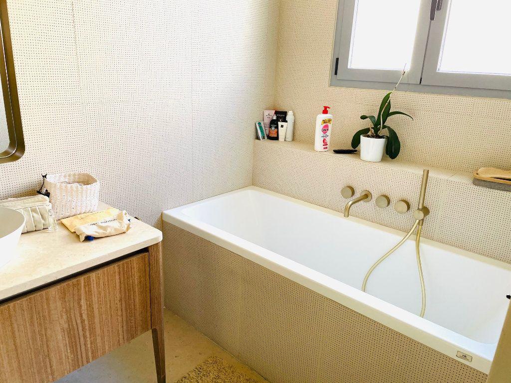 Appartement à vendre 4 103.47m2 à Nice vignette-11