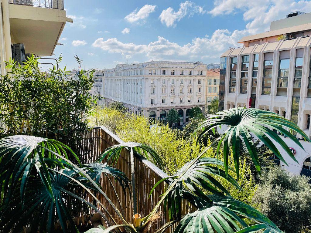 Appartement à vendre 4 103.47m2 à Nice vignette-16