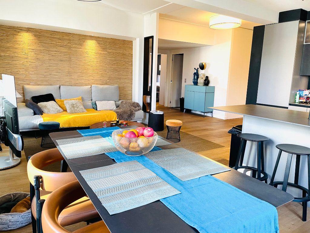 Appartement à vendre 4 103.47m2 à Nice vignette-18