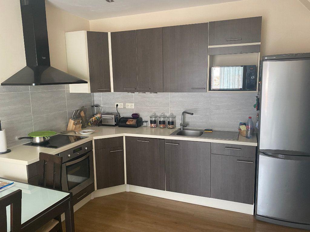 Appartement à vendre 3 47.32m2 à Nice vignette-3