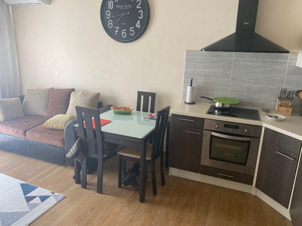 Appartement à vendre 3 47.32m2 à Nice vignette-7
