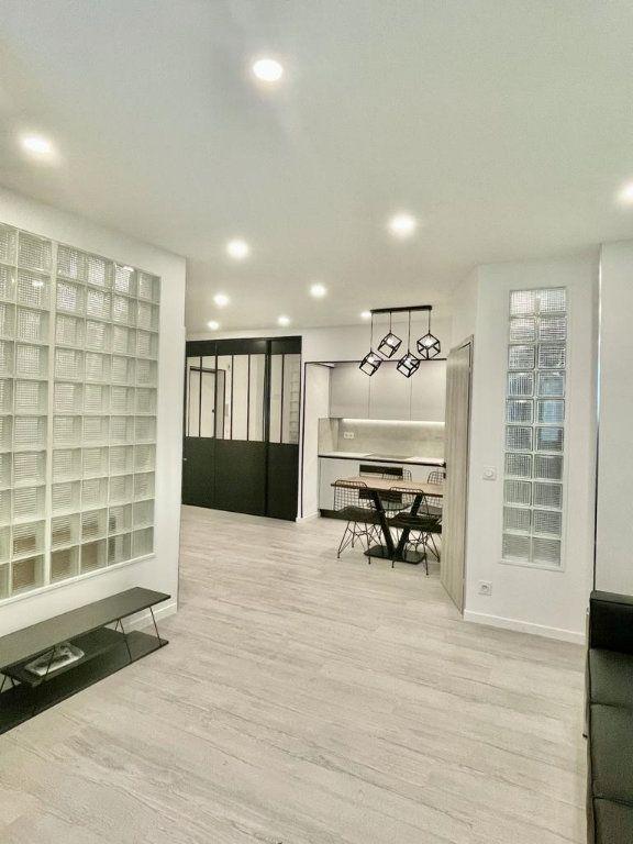 Appartement à vendre 2 44m2 à Nice vignette-2