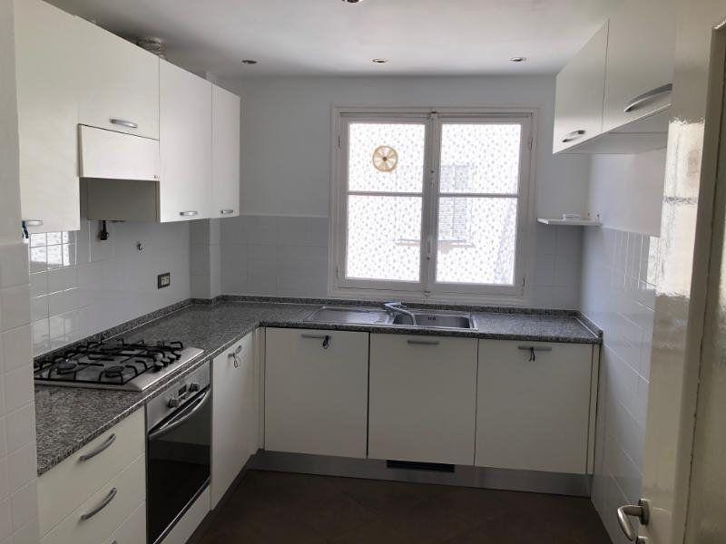 Appartement à louer 3 49.75m2 à Nice vignette-4