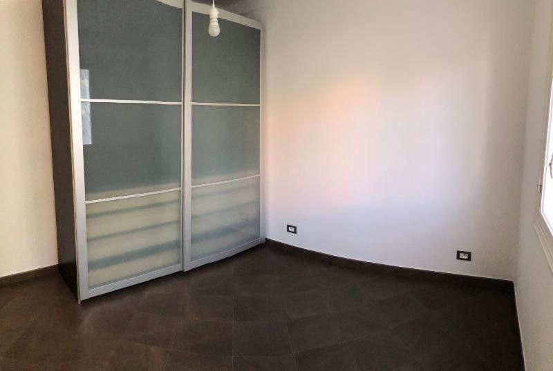 Appartement à louer 3 49.75m2 à Nice vignette-5