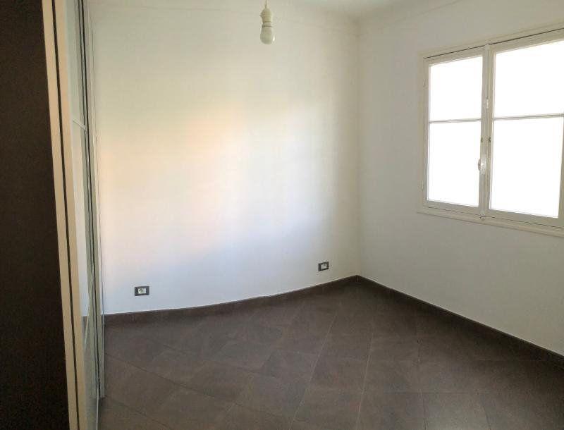 Appartement à louer 3 49.75m2 à Nice vignette-6