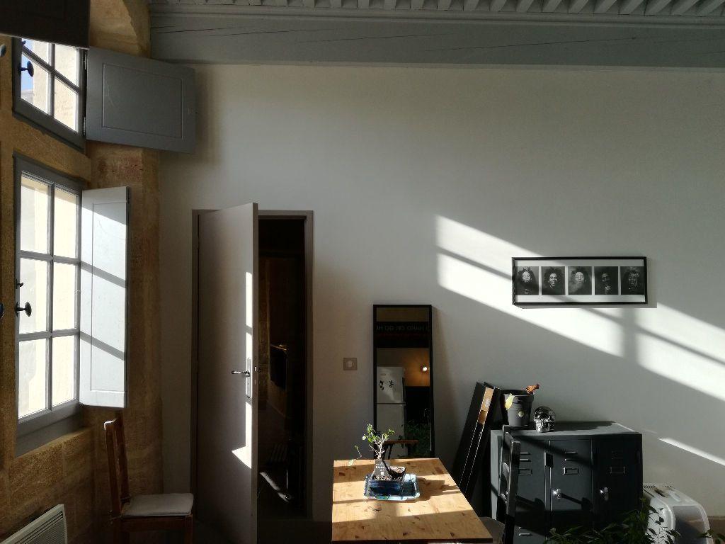 Appartement à louer 3 83m2 à Remoulins vignette-7