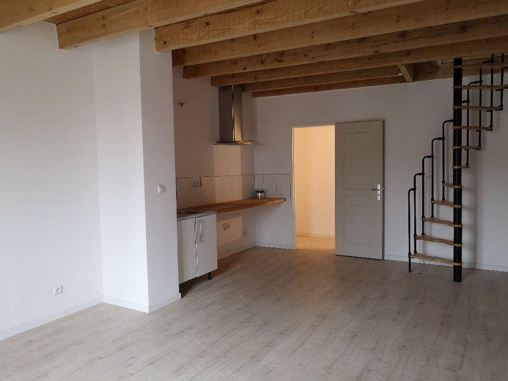 Maison à louer 3 60m2 à Comps vignette-1