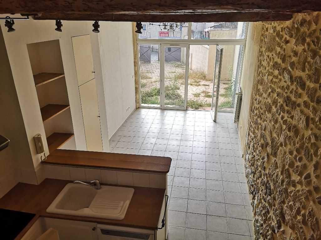 Maison à louer 3 55m2 à Fournès vignette-1