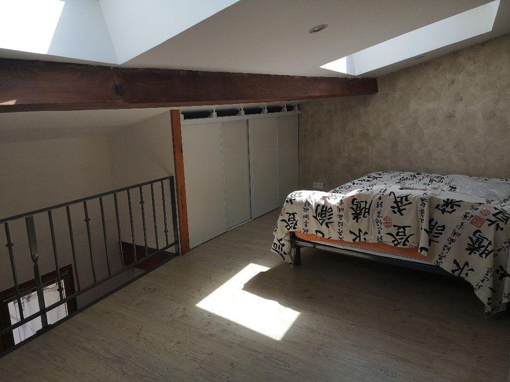 Maison à louer 2 45m2 à Sernhac vignette-4