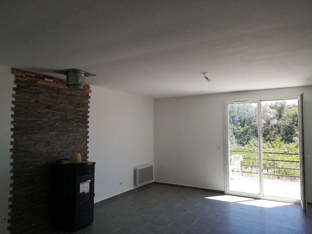 Maison à louer 4 80m2 à Remoulins vignette-3