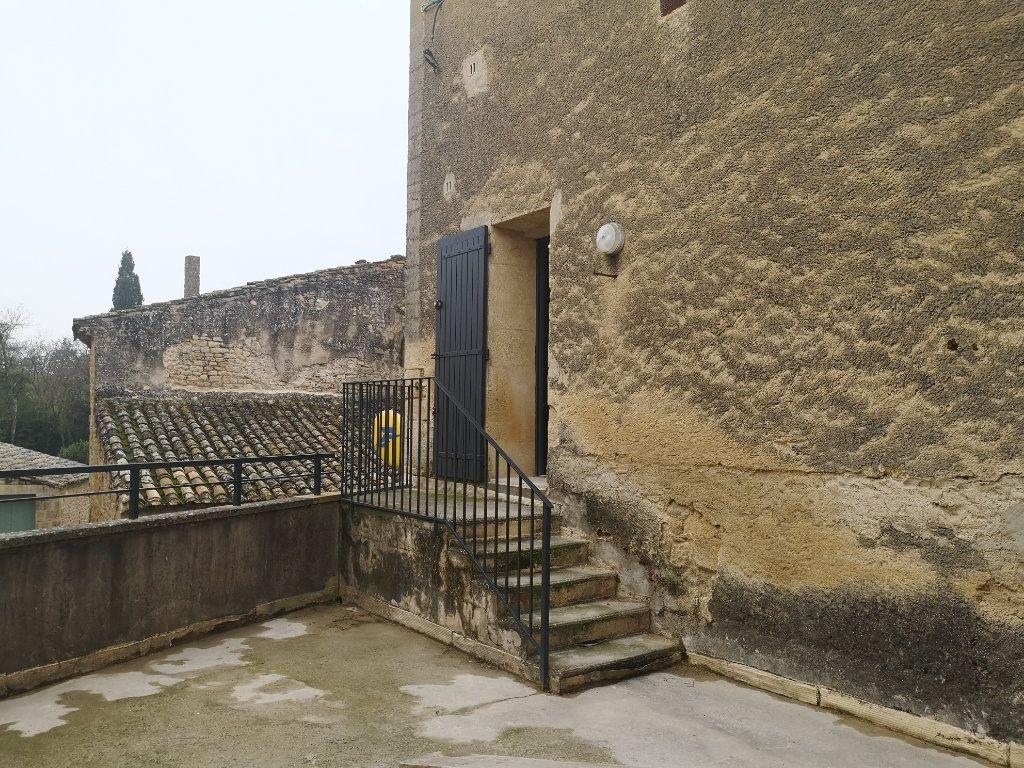 Appartement à louer 4 97m2 à Vers-Pont-du-Gard vignette-10