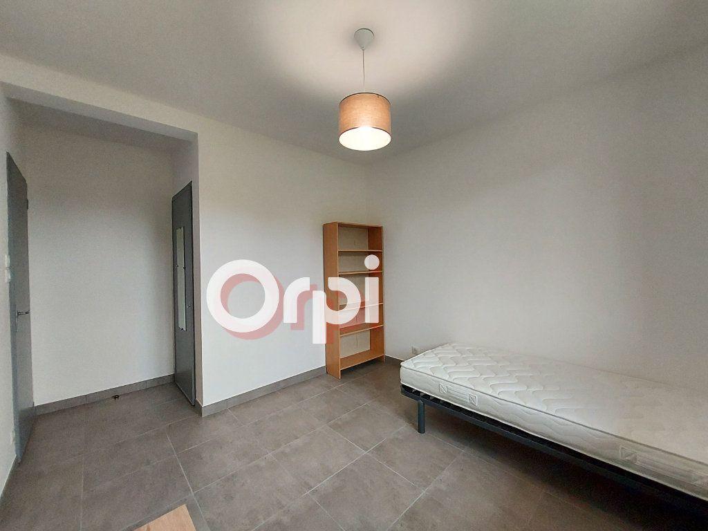 Appartement à louer 3 72.36m2 à Ville-la-Grand vignette-5