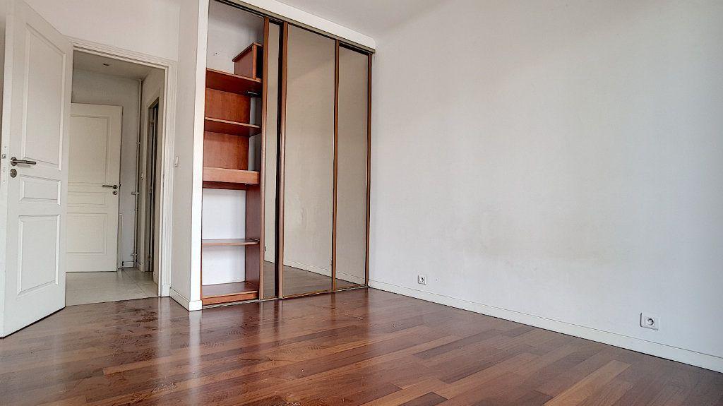Appartement à louer 3 71.05m2 à Cagnes-sur-Mer vignette-1