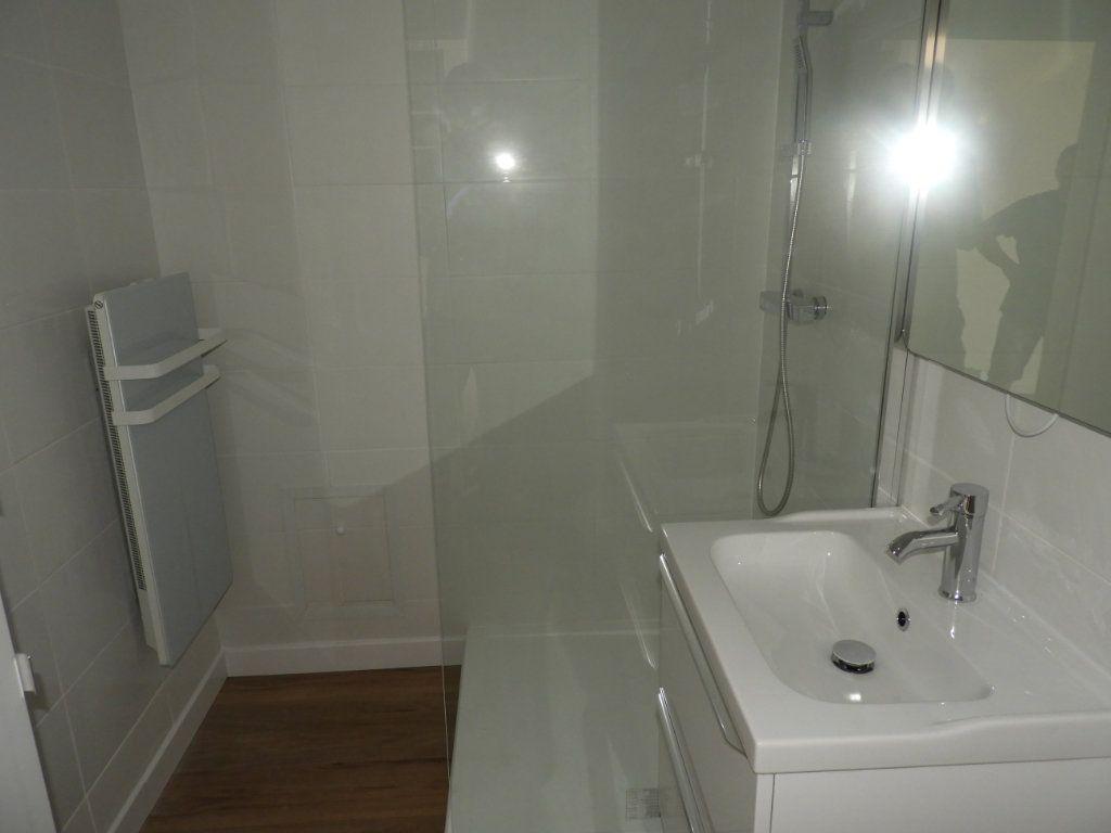 Appartement à louer 1 30m2 à Toulouse vignette-5