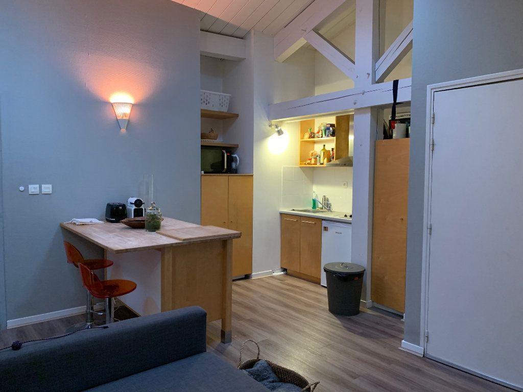Appartement à louer 2 35m2 à Toulouse vignette-3