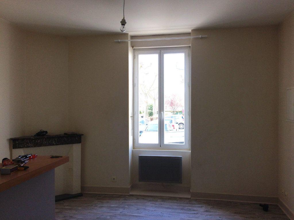 Appartement à louer 1 28.93m2 à Périgueux vignette-1