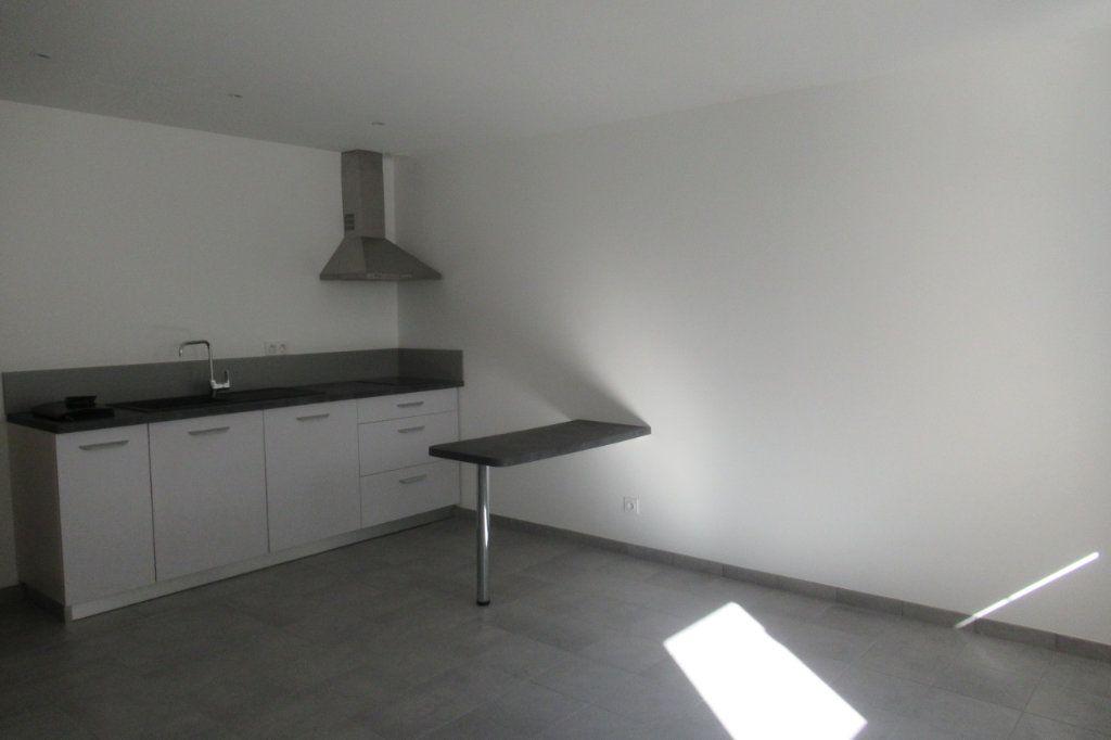 Appartement à louer 2 47.5m2 à Périgueux vignette-1