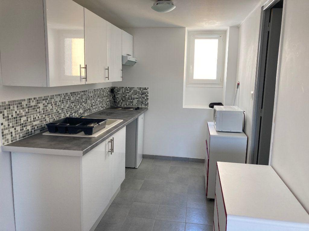 Appartement à louer 1 20.52m2 à Périgueux vignette-2