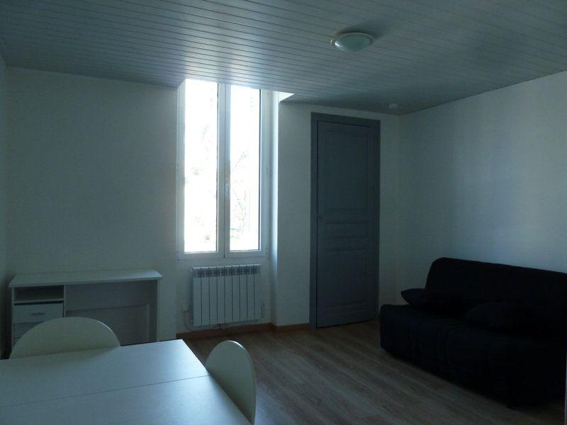 Appartement à louer 1 19.68m2 à Périgueux vignette-1