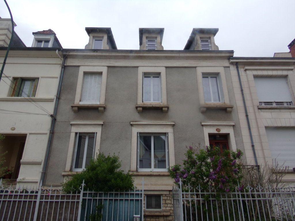 Appartement à louer 1 26m2 à Périgueux vignette-3