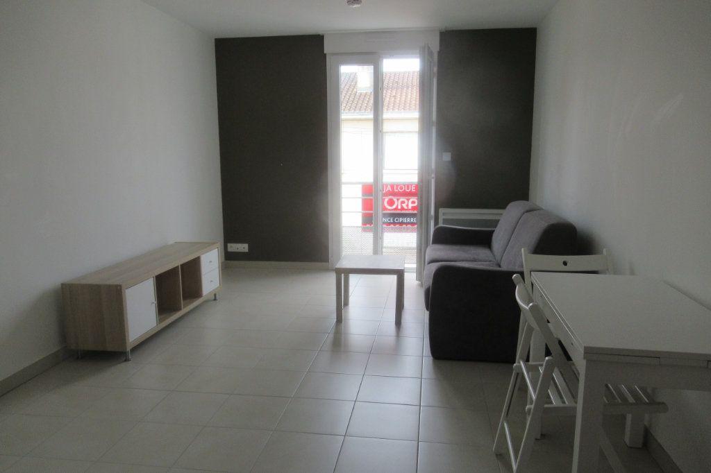 Appartement à louer 1 20.82m2 à Périgueux vignette-1