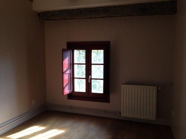 Appartement à louer 4 71m2 à Périgueux vignette-4