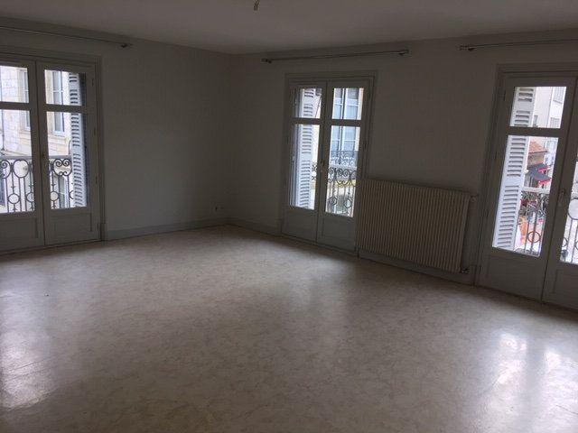 Appartement à louer 3 95m2 à Périgueux vignette-1