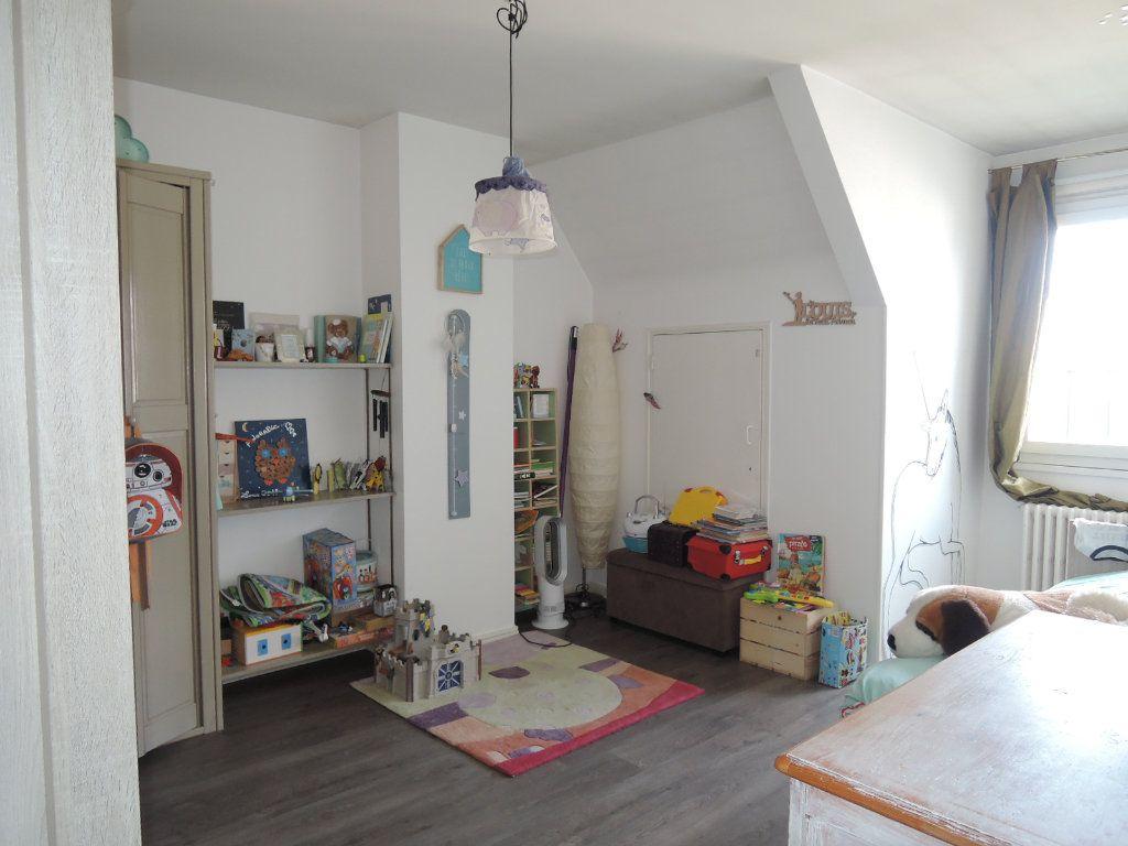 Maison à vendre 5 119m2 à Périgueux vignette-9